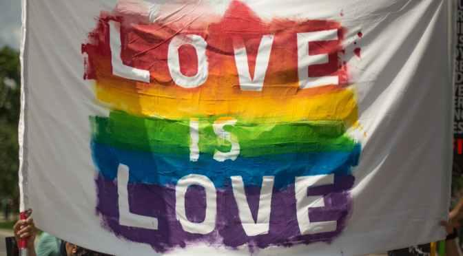 Polonya'da LGBTİ Bireylere Artan Saldırılar Kıskacında BarıS ve Güvenlik Gündemi